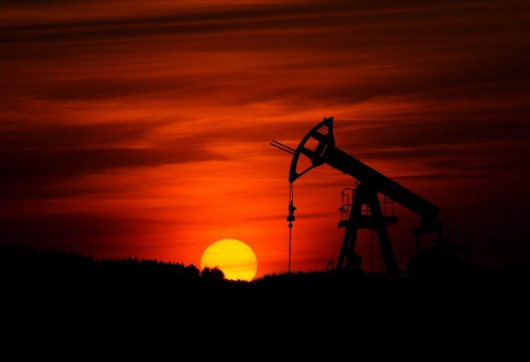 ¿Qué es la guerra del petróleo y quién va ganando?