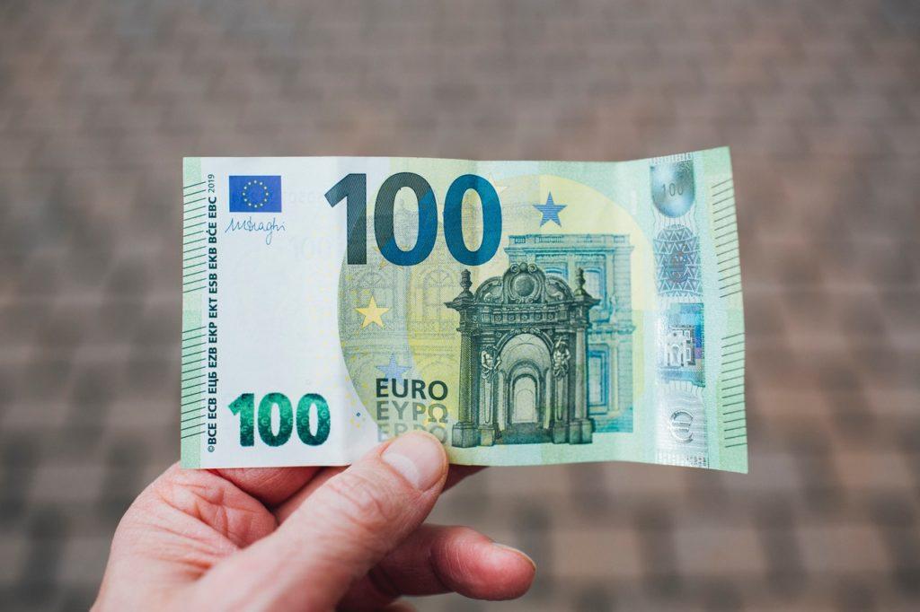 9 métodos para ahorrar 200 euros al mes sin ahogarte