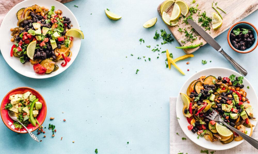 Beneficios de invertir en la venta de comidas saludables a domicilio.