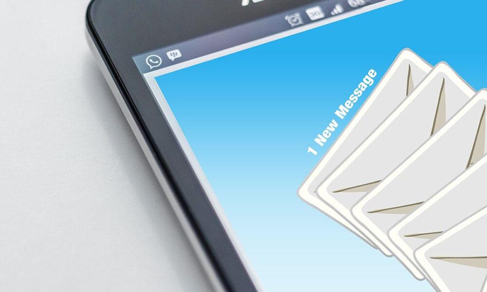 Las empresas podrían ser sancionadas por llamar o enviar correos electrónicos a sus trabajadores después de que finalice su jornada laboral
