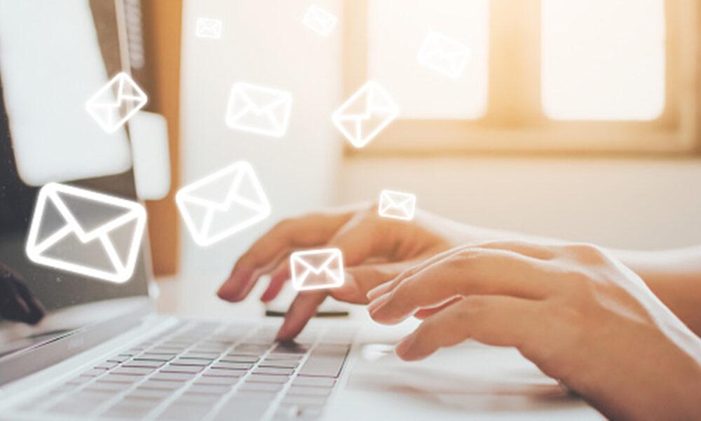Los trabajadores no están obligados a responder los emails fuera de horario laboral