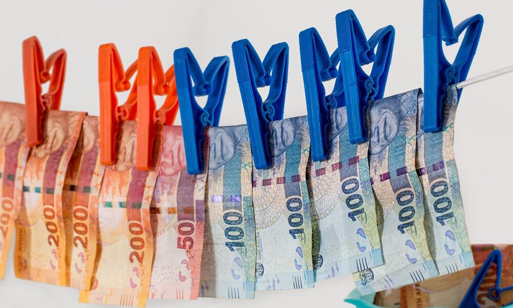 ¿En qué consiste el lavado de dinero?