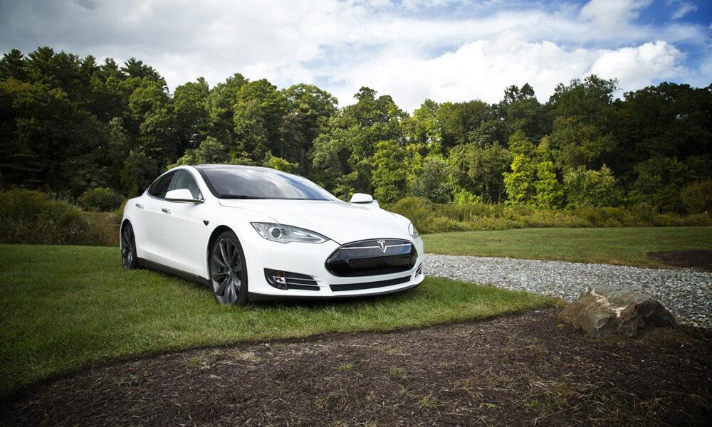 Estrategias planteadas por por Tesla para incursionar en el mercado chino