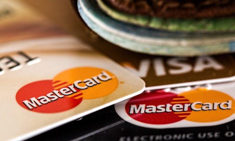 diferencias entre la tarjeta de crédito y de débito