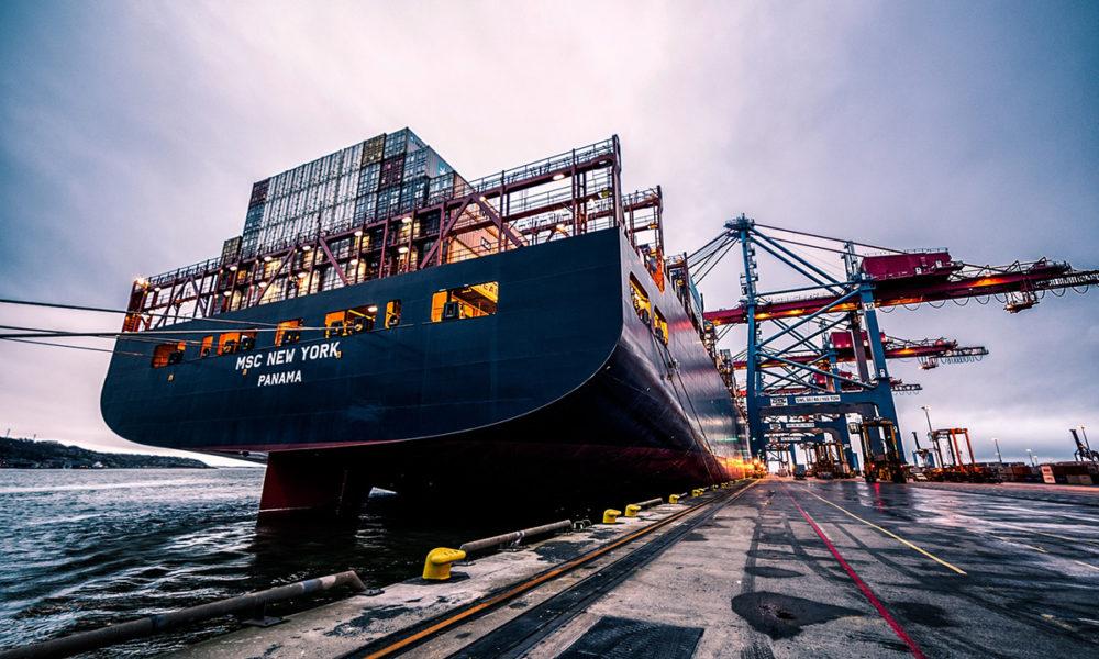 Ventajas de utilizar contenedores estandarizados para transportar la mercancía