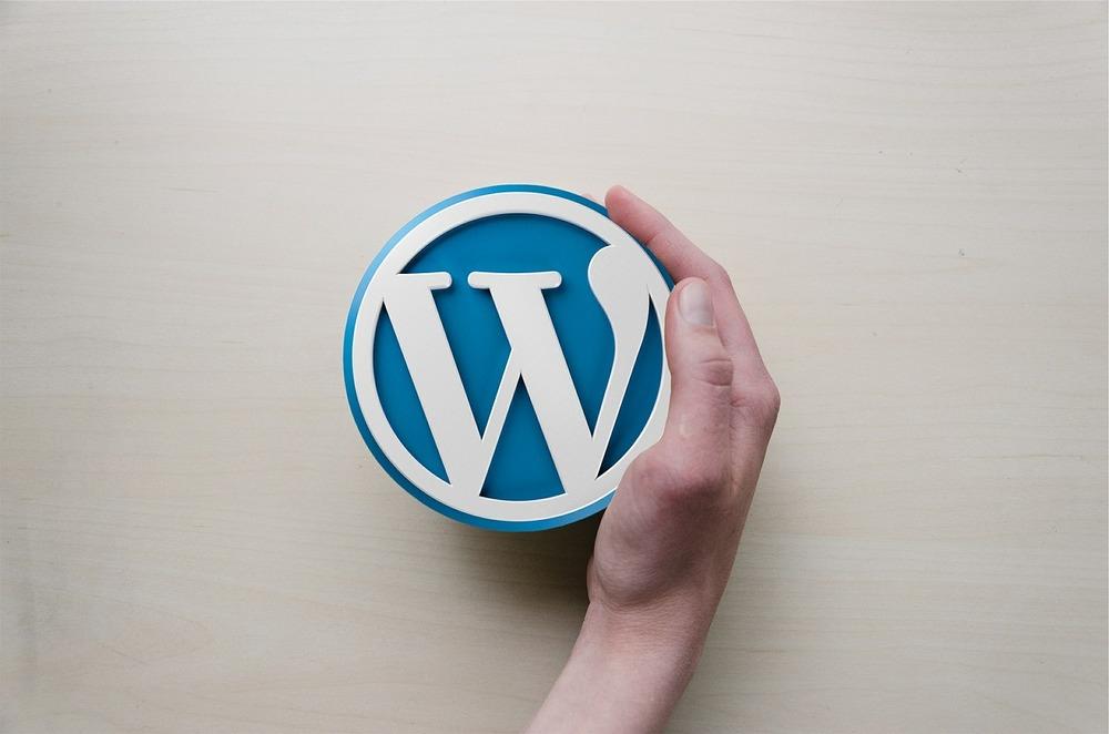wordpress dominio y hosting