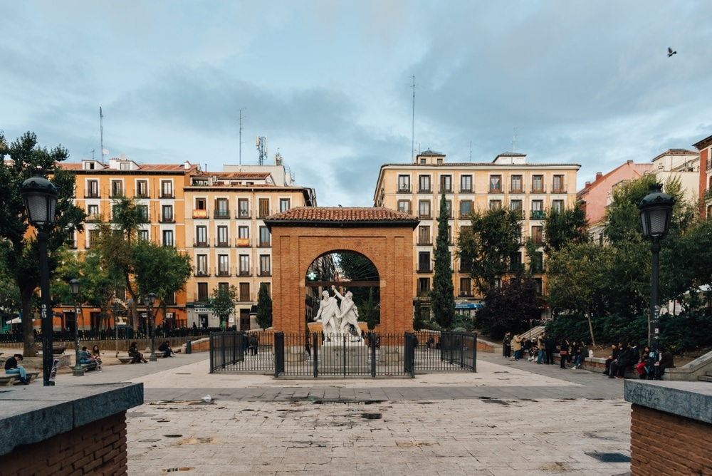 Un símbolo del levantamiento del 2 de mayo de 1808 es la Plaza del 2 de Mayo en Madrid